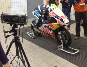 1_3d_scanning_of_the_moto_racer